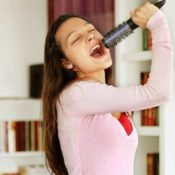 everyone can sing at singing studio